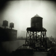Michael ACKERMAN (Né en 1967) Watertower Brooklyn, 1996 Tirage argentique de l'époquee4...