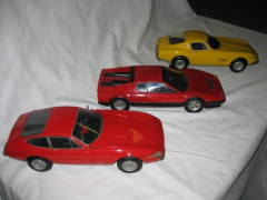 LOT DE MINIATURES FERRARI - NO RESERVE