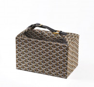 GOYARD  Trousse de toillete rigide