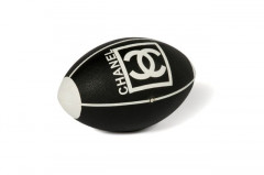 CHANEL  Ballon de rugby