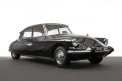 "1966 CITROEN DS 19 BERLINE ""PREFECTURE"" - no reserve"