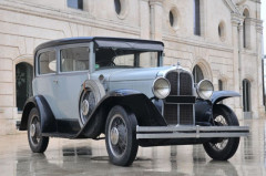 1930 PONTIAC BIG SIX COACH