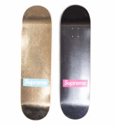 "Supreme  Paire de planches de skateboards ""Box Logo - Foil"" - 2009"