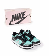 "Nike SB x Diamond Supply Co (Nick ""Diamond"" Tershay)  Tiffany Dunk Lo - 2002"