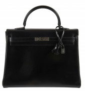 HERMÈS Édition limitée 2010  Sac KELLY SO BLACK 35 Box noir Garniture métal chromé noir  KELLY SO BLACK 35 bag Bla...