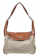 "HERMÈS 2007  Sac LINDY 34 Toile ""H"", veau Swift cognac Garniture métal plaqué or  LINDY 34 bag ""H"" canvas, cognac Sw..."