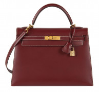HERMÈS 2001  Sac KELLY Sellier 32 Box bordeaux Piqué sellier blanc Garniture métal plaqué or  KELLY Sellier 32 bagR...