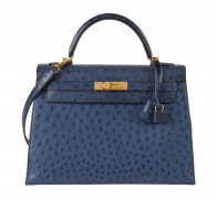 HERMÈS 2001  Sac KELLY Sellier 32 Autruche bleu (Struthio camelus) NR Garniture métal plaqué or  KELLY Sellier 32 bag...