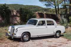 1958 Mercedes-Benz 220S Berline  No reserve