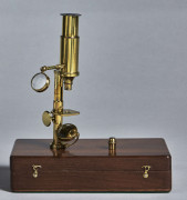 MICROSCOPE COMPOSE DE TYPE BURON