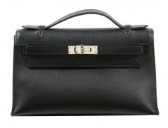 HERMÈS 2018  Pochette KELLY MINI Veau Swift noir Garniture métal argenté palladié  KELLY MINI clutch Black Swift cal...