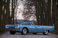 ¤ 1962 Lincoln Continental Convertible  No reserve