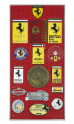 FERRARI  Ensemble de 15 badges et écussons - Clubs étrangers et divers