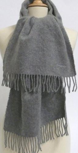 HERMES Paris made in scotland Echarpe en cachemire gris. 6d2e8a500a2