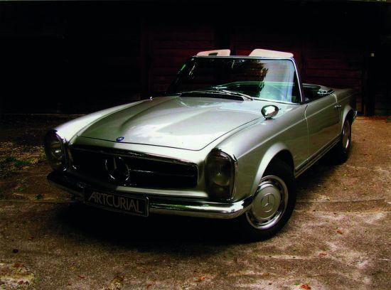MERCEDES BENZ 250 SL Pagode - 1967 N° De Série : #113043 10 003860