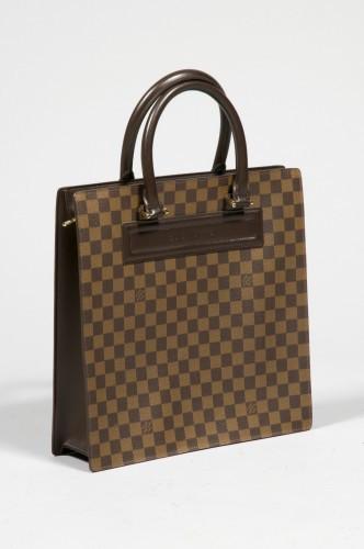 6669d4a48b Vintage & Contemporary Fashion | Sale n°1811 | Lot n°36 | Artcurial