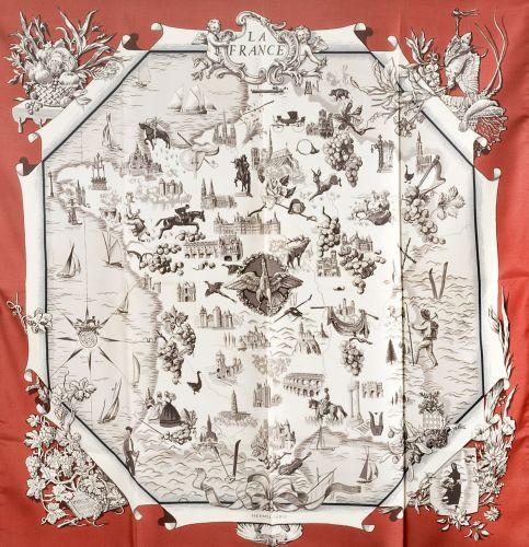 3a796b36015 HERMES Paris Carré en soie imprimée titré