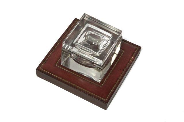 PAUL DUPRE-LAFON/ HERMES Paris Encrier de bureau en verre et box bordeaux...