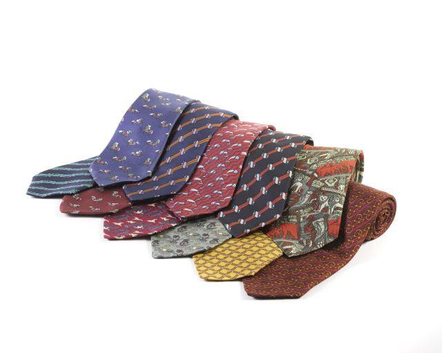 11b386cbf8df HERMES Paris made in france Lot de 11 cravates en soie imprimée. LOT OF 11