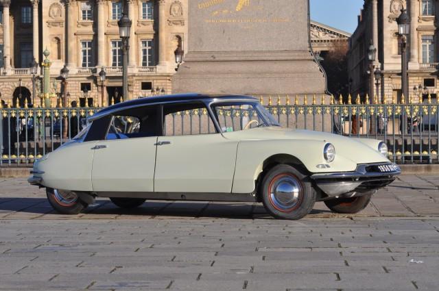 r tromobile vente n 1957 lot n 222 artcurial rh artcurial com