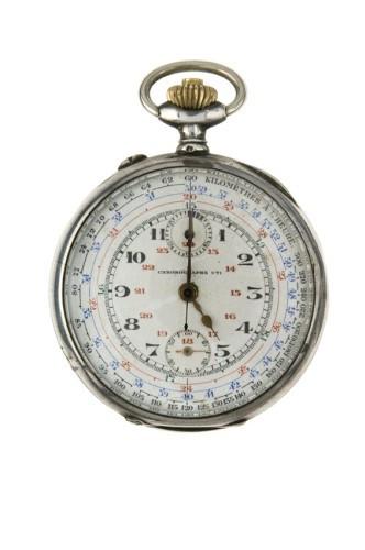 0040e59ca7e UTI N° 14774 vers 1930 Chronographe de poche en argent. Cadran blanc avec  deux