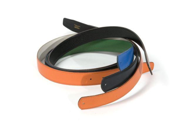 HERMES Paris made in france Lot de quatre ceintures réversibles en cuir   l une ea464796ba0