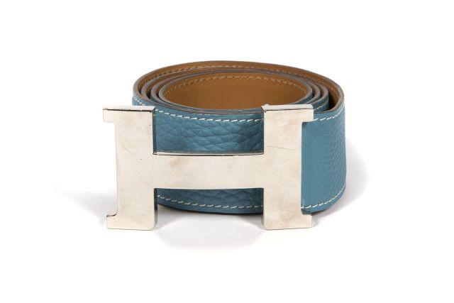 HERMES Paris made in france Ceinture en veau Togo bleu jean, piqué sellier  blanc, 3031b4903fa