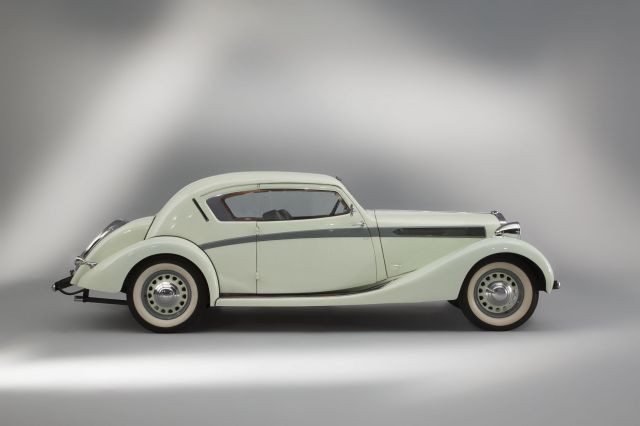 r tromobile 2014 solo alfa by artcurial motorcars sale n 2400 lot n 410 artcurial. Black Bedroom Furniture Sets. Home Design Ideas