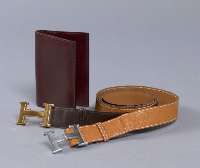 a719bf6cdc65 HERMES Paris, Deux ceintures et une couverture d agenda   - Une ceinture en