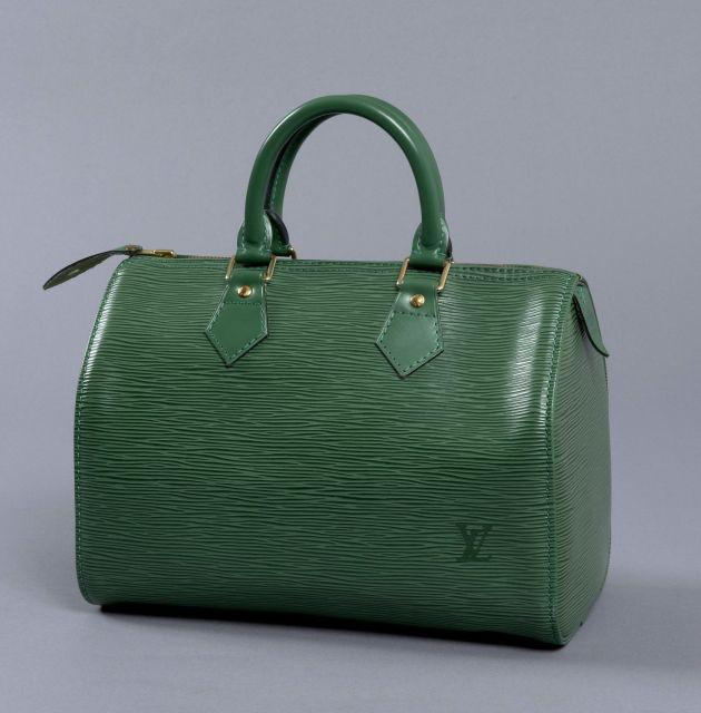 af0370982d55 Louis VUITTON, Speedy 25 en cuir épi vert, poignées et finitions en cuir  glacé