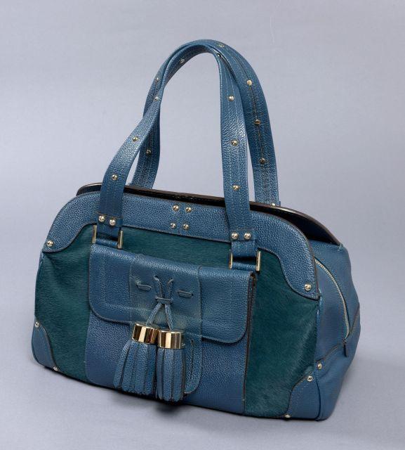 e834c0d40593 Chanel - Louis Vuitton