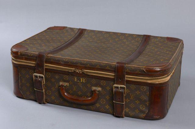 Louis VUITTON, valise Stratos en toile monogram, poignet et bandes en cuir  naturel, 7cfdf244fe6