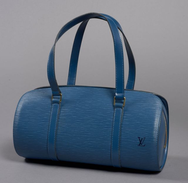 1680ce66f186 Louis VUITTON, Soufflot en cuir épi bleu et intérieur en daim bleu avec une  pochette