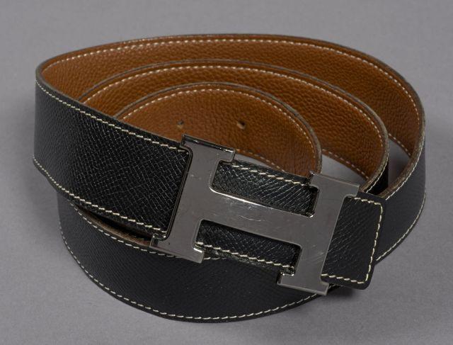 0295ce3e10d4 HERMES, Ceinture H en cuir noir et marron avec boucle en métal argenté,  taille