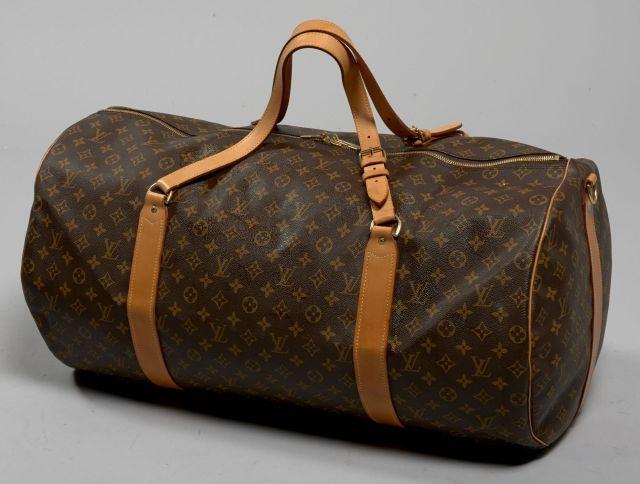 Louis VUITTON, Très beau sac de voyage en toile Monogram et cuir naturel.  Deux e722e345af5