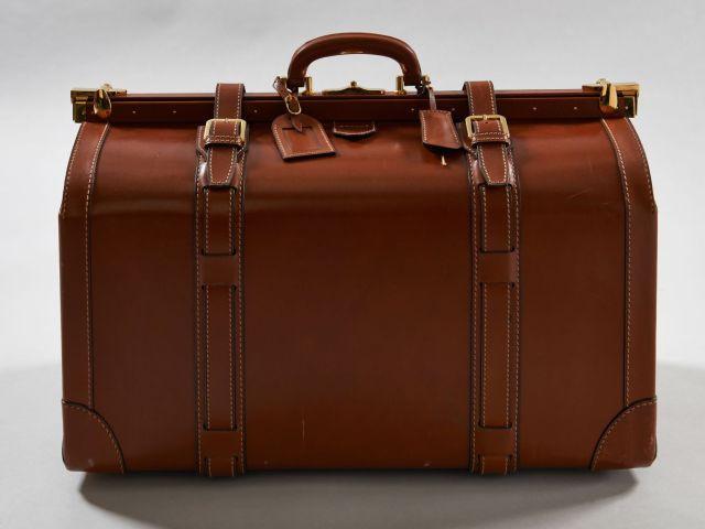 b55fd818bcc3 LANCEL, Made in Italy, Sac de voyage en cuir cognac, fermeture malle de