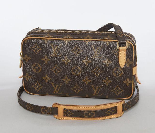 03d4b02acd3 Louis VUITTON Petit sac en bandoulière en toile Monogram et cuir naturel