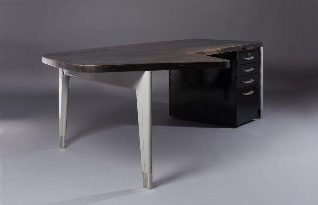 design vente n 2712 lot n 33 artcurial. Black Bedroom Furniture Sets. Home Design Ideas