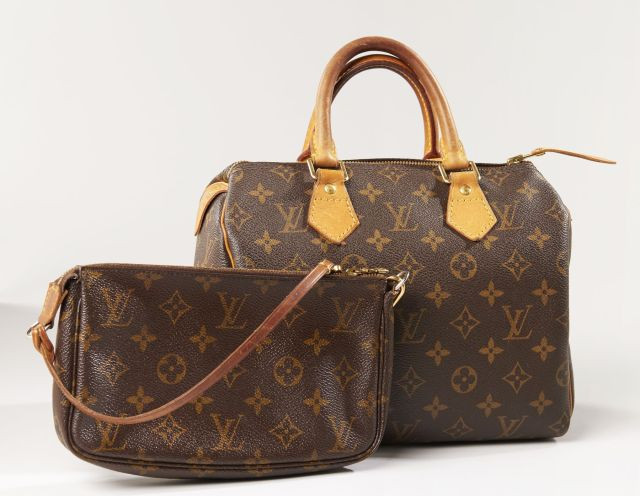c877aa4b9209 Chanel - Louis Vuitton