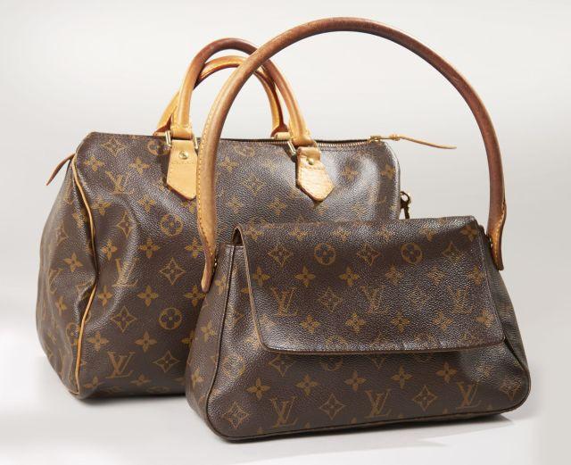 10e63379e6 Louis VUITTON, Sac Speedy 30 en toile Monogram et cuir naturel. double  anses porté