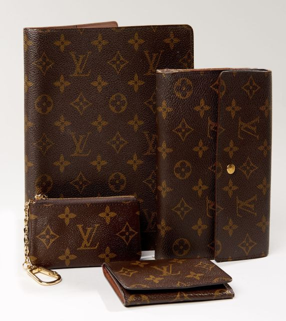Chanel - Louis Vuitton   Vente n°2822   Lot n°7   Artcurial f55d2730d420