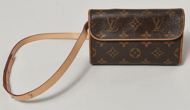 fd7096ec7b7 Chanel - Louis Vuitton | Sale n°2822 | Lot n°38 | Artcurial