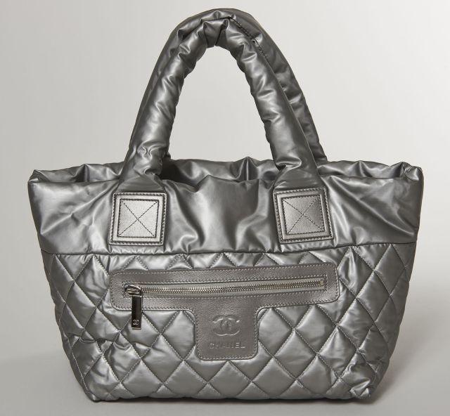 Chanel - Louis Vuitton   Sale n°2822   Lot n°19   Artcurial 378ab6390469