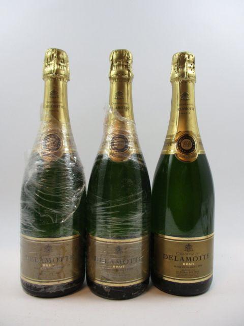 6 bouteilles CHAMPAGNE DELAMOTTE 1999 Blanc de Blancs (film plastique...