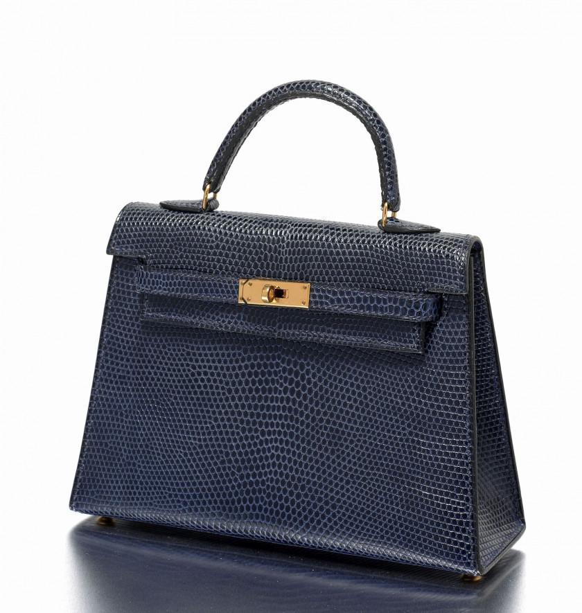a3858b501a Hermès Vintage | Sale n°2275 | Lot n°1320 | Artcurial