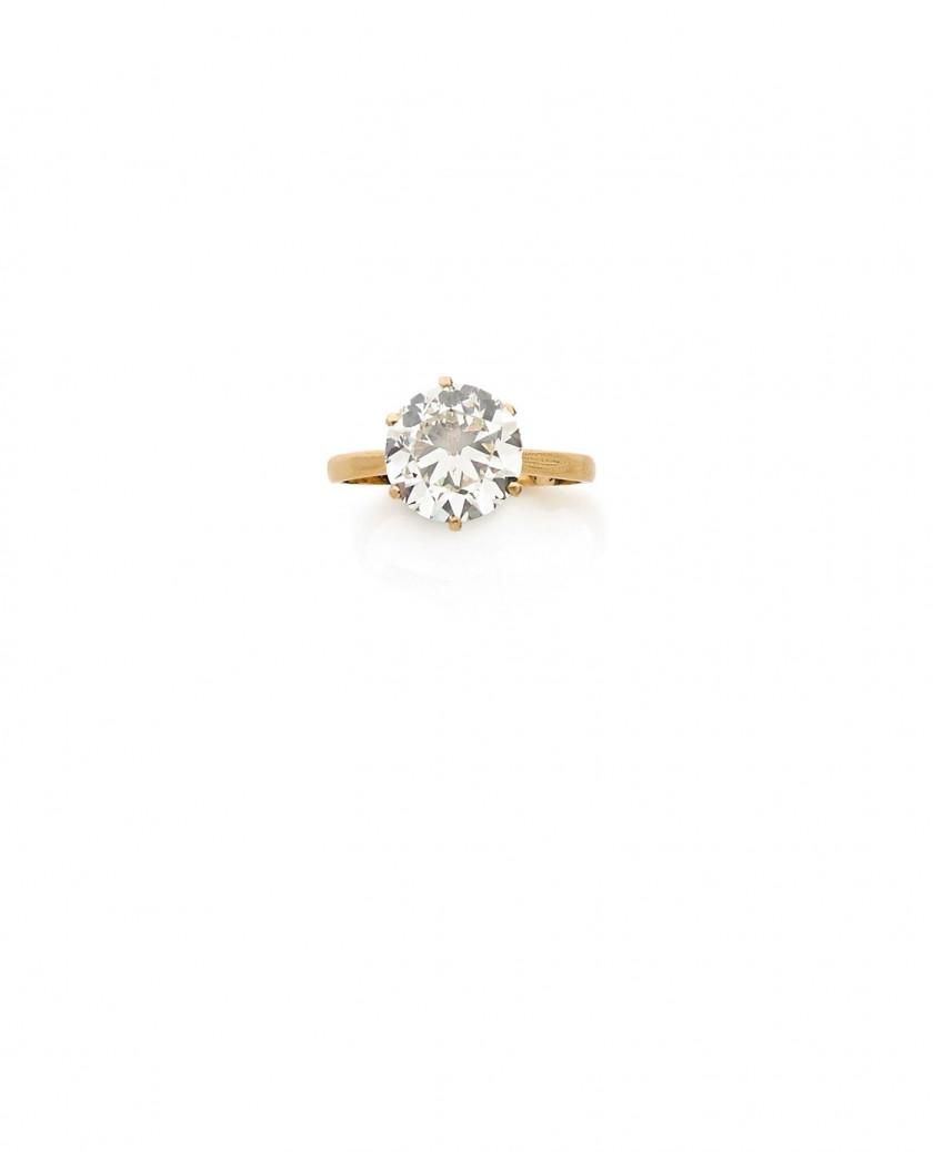 bague diamant taille 44
