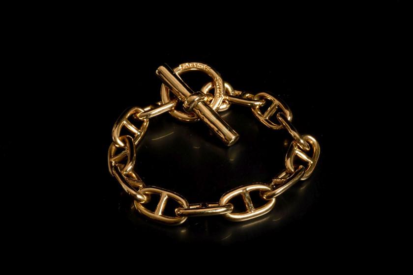 Hermès Vintage   Vente n°2442   Lot n°1056   Artcurial. Hermès Vintage    Vente. Bracelets Hermès Chaine d ancre Or jaune Doré ref.60632 ... 92c3108aa30