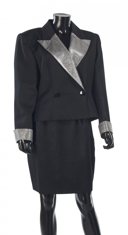 4227df83f4ab Furs - Prêt-à-porter - Fashion Accessories   Sale n°2850   Lot n°52 ...
