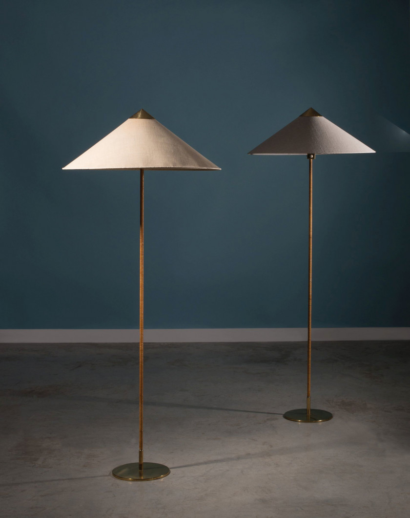 Paavo TYNELL 1890 - 1973 Paire de lampadaires, mod. 9602 - vers 1950