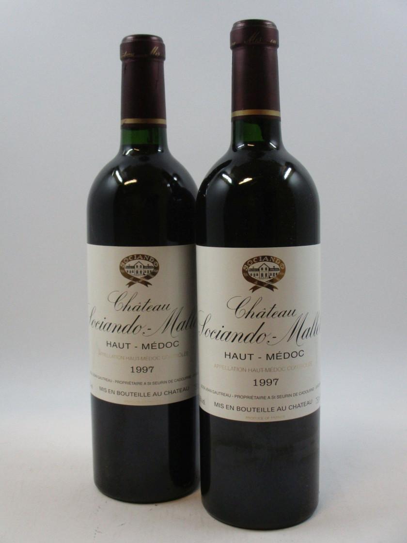 12 bouteilles CHÂTEAU SOCIANDO MALLET 1997 Haut Médoc (base goulot) (cave  13) 95804404fa50